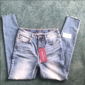 NWT Vigoss Jeans Size 26 Ace Skinny High Rise
